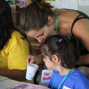 """Valeria Misseri (artista-educatrice) per S.O.S. Scuola:  """"I laboratori, i bambini e l'arte che libera gli spazi"""""""